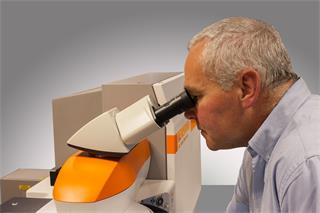 Renishaw inVia confocal Raman microscope